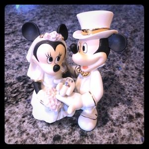 Very rare Lenox Mickey Minnie Disney Wedding